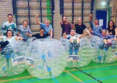 Bubble voetbal bedrijfsuitje binnen